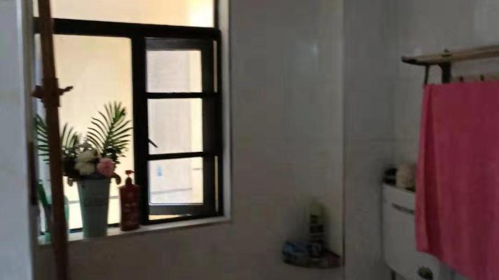 洞口县城北精装3室2厅2卫二手房出售